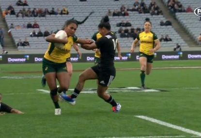 Wallaroos winger unleashes two ripping fends on way to stunning solo try