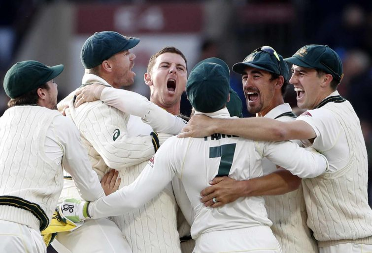 Australia celebrate an Ashes victory