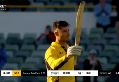 Marcus Stoinis reaches stunning century with last-ball six