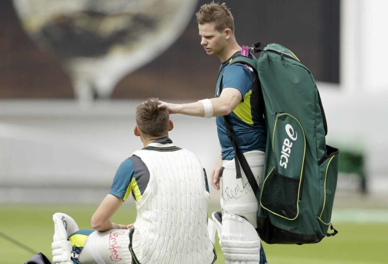 Steve Smith consoles Marnus Labuschagne