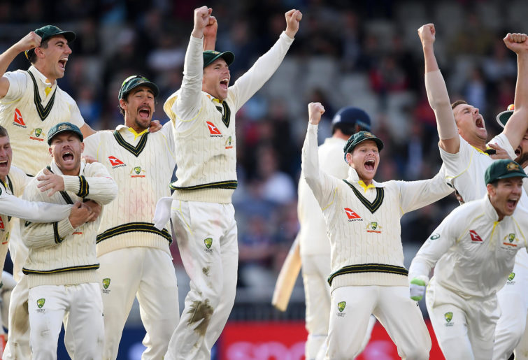 Australia celebrate retaining the Ashes