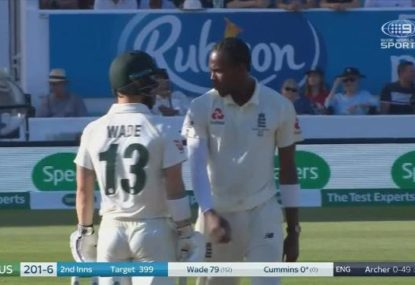 Matthew Wade sees off fiery spell from Jofra Archer on his way a century