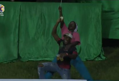CPL fan becomes instant legend, takes one-handed crowd catch holding TWO beers