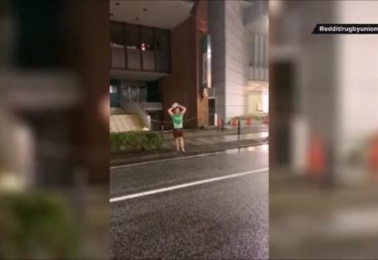 Ireland fans execute perfect lineout in the streets of Japan