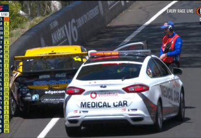 Disaster strikes less than a minute into the Bathurst 1000