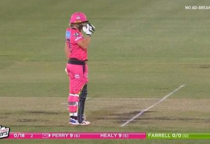 Mitch Starc and Alyssa Healy share some cheeky on-air banter in WBBL opener