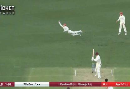 Alex Carey sends Matt Renshaw packing with magnificent one-handed grab