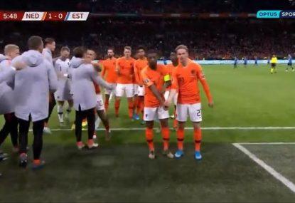 Georginio Wijnaldum sends powerful anti-racism gesture with teammate