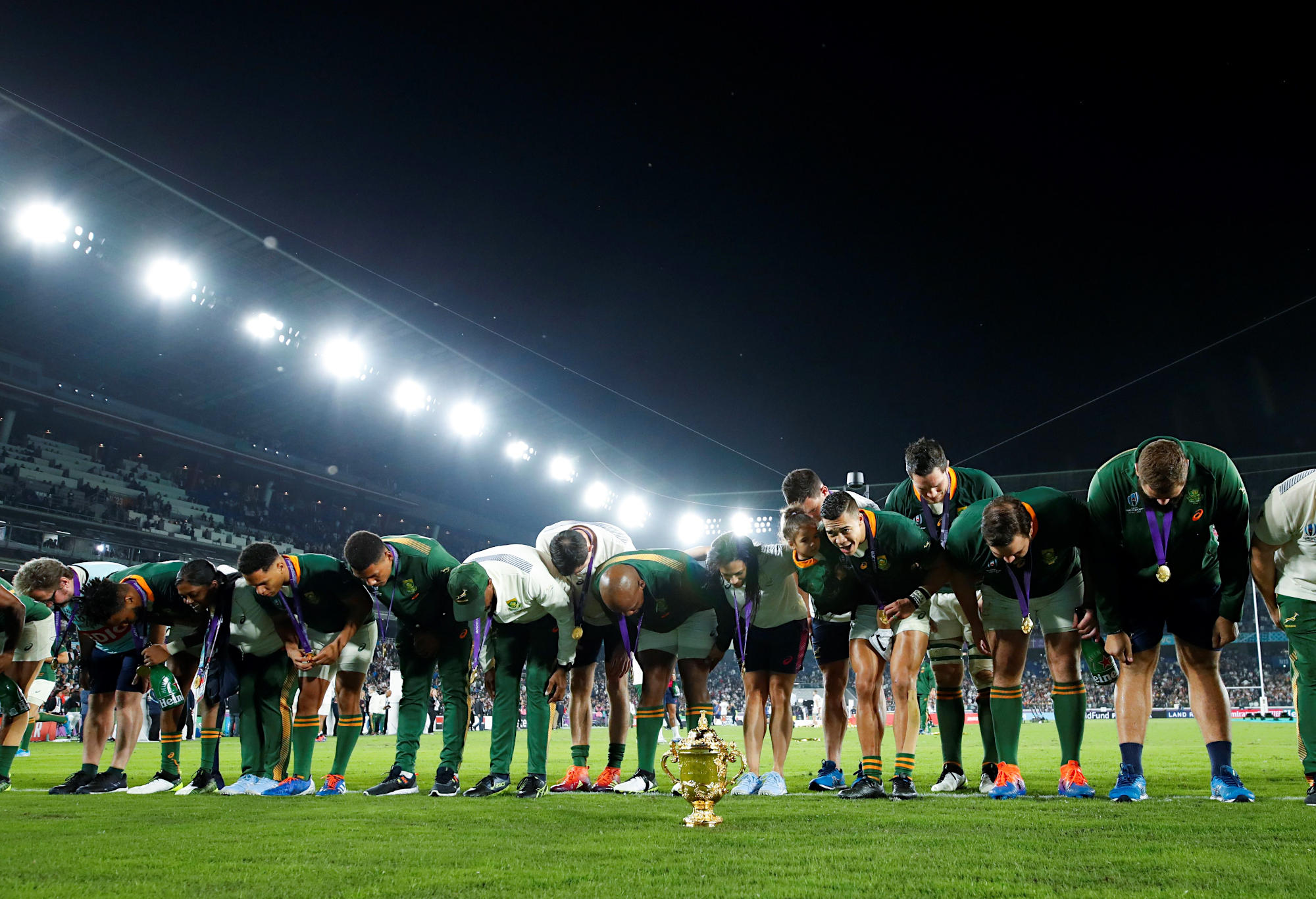 South Africa's players bow to the crowd