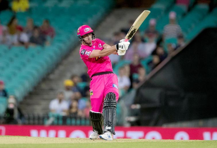 Sydney Sixers player James Vince batting