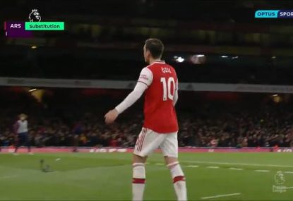 Mesut Ozil jeered by Arsenal fans for throwing tantrum after being subbed