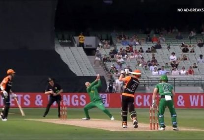 Nic Maddinson's 'freakish' caught-and-bowled sparks Stars' epic comeback