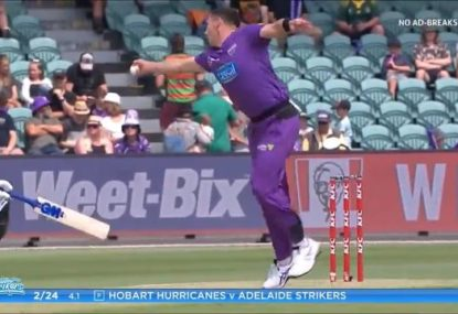 'You're kidding me!' Hurricanes quick drops jaws with stunning return catch