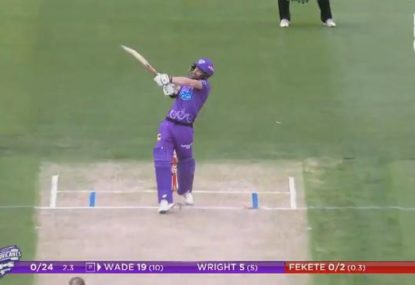 Matthew Wade goes nuts in the powerplay to give Hobart the perfect start