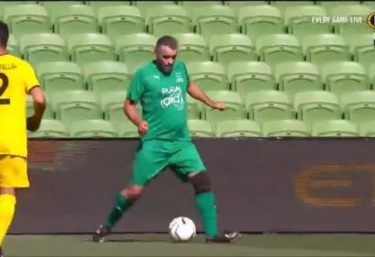 Simon Hill's performance in bushfire charity match is ruthlessly savaged by Archie Thompson