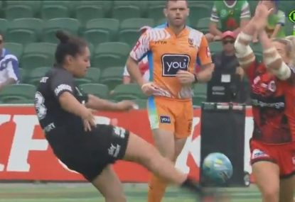 Keeley Davis produces one of the tries of the NRLW Nines after epic charge down