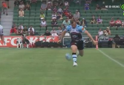 Josh Morris shows why the Sharks don't want to lose him in epic Nines hat-trick