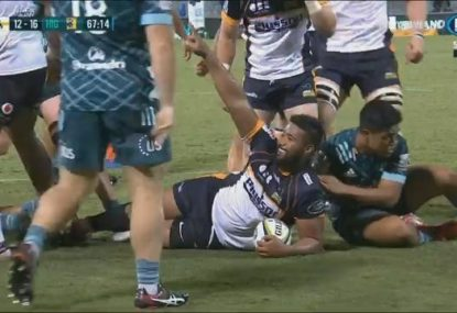 The king of the maul: Folau Fainga'a gets a hat-trick from the set piece
