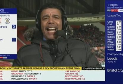 Chris Kamara caught out not paying attention, again!