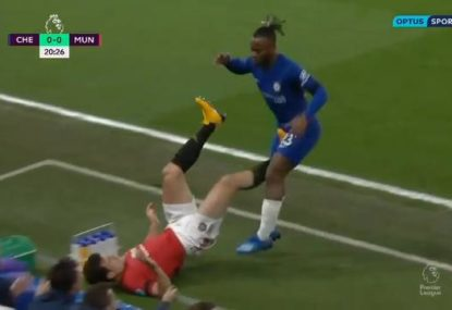Did this kick to the unmentionables deserve a red card?