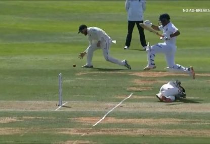 Ian Smith utterly bamboozled as NZ nearly botch the easiest of run outs