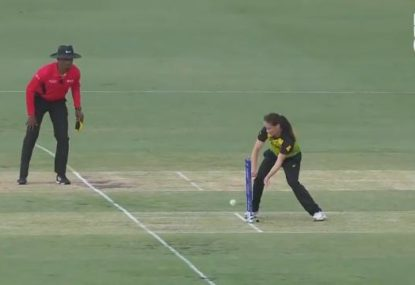 Megan Schutt fumbles golden runout opportunity against Sri Lanka