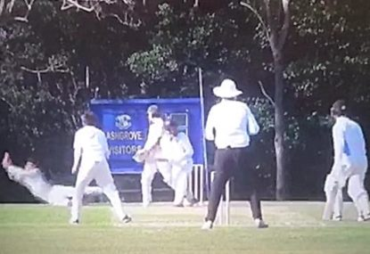 First slip snares ridiculous one-handed screamer
