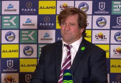 Des Hasler reacts to the 'forward pass' call that cost Manly