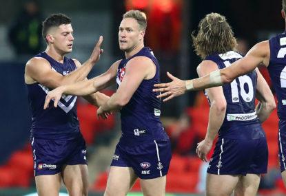 Adelaide Crows vs Fremantle Dockers: AFL live scores