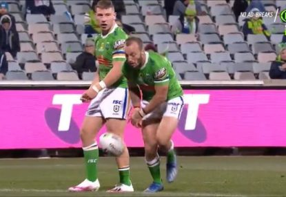 Josh Hodgson loses the ball in surely the funniest way possible