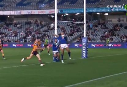 Broncos score surely the most bizarre try of 2020