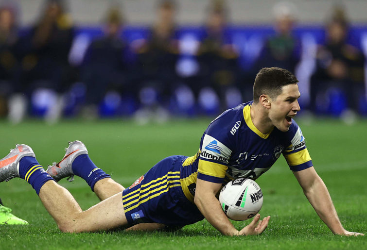 Mitchell Moses scores a try