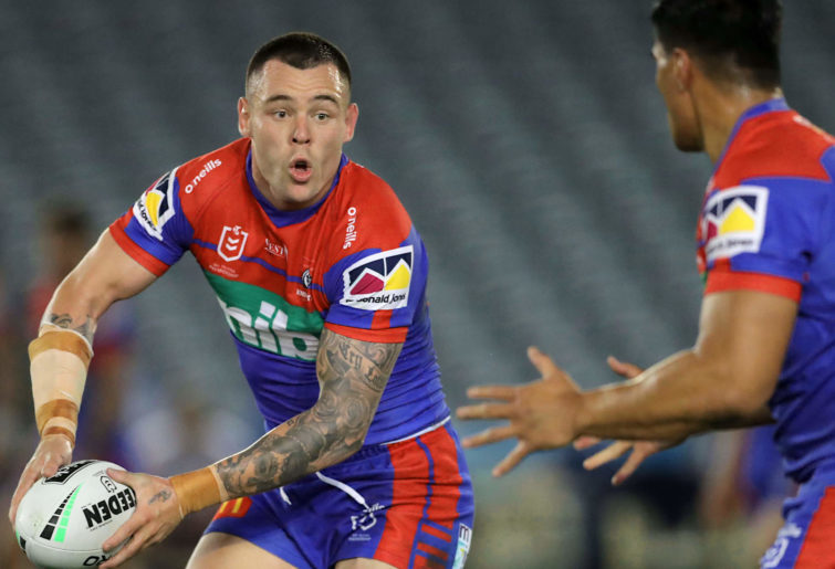 David Klemmer passes the ball