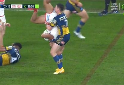 NRL meets WWE as Mitchell Moses puts Dragon in a 'German Suplex'