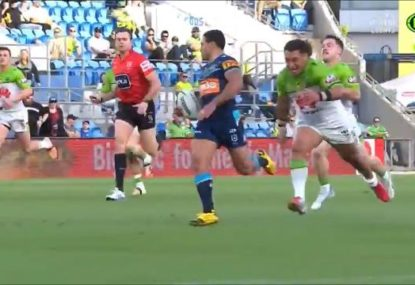 Josh Papalii does big blokes everywhere proud with Dally M tackle of the year