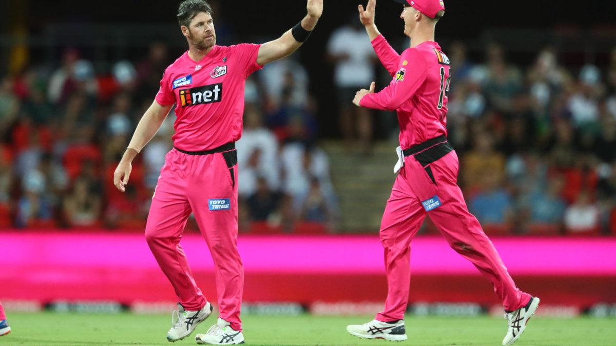 Sydney Sixers vs Brisbane Heat: BBL cricket live scores