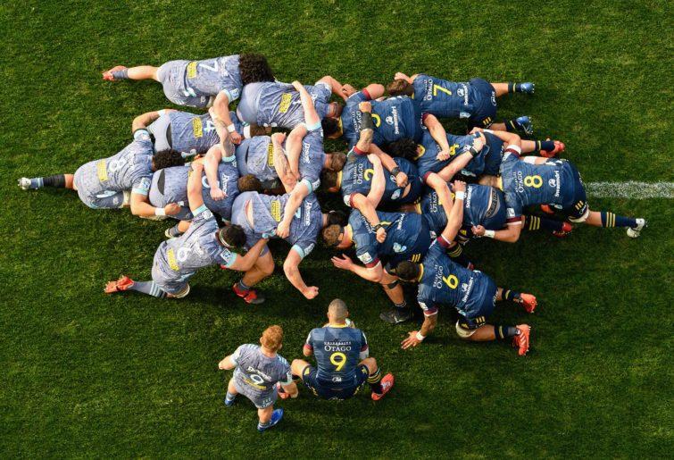 rugby scrum hurricanes highlanders