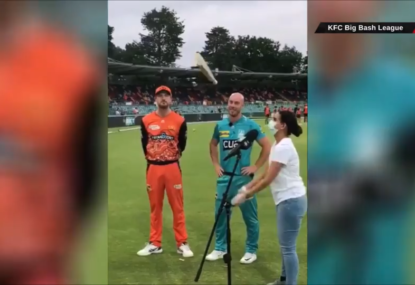 One-in-a-million bat flip scenes before BBL Challenger wows the crowd