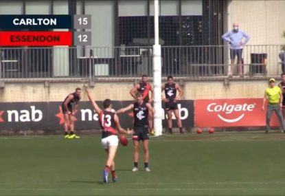 Commentator pumps up Bombers top pick's kicking, gets let down instantly