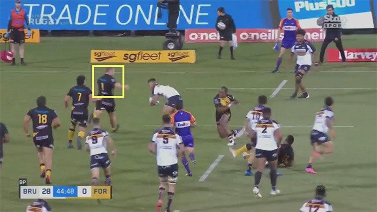 tom robertson attempted tackle vs len ikitau