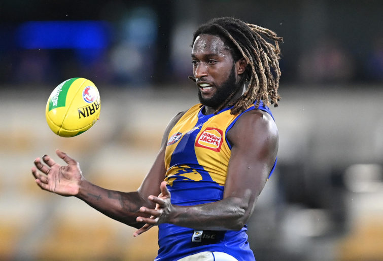 Nic Naitanui of the Eagles takes the ball