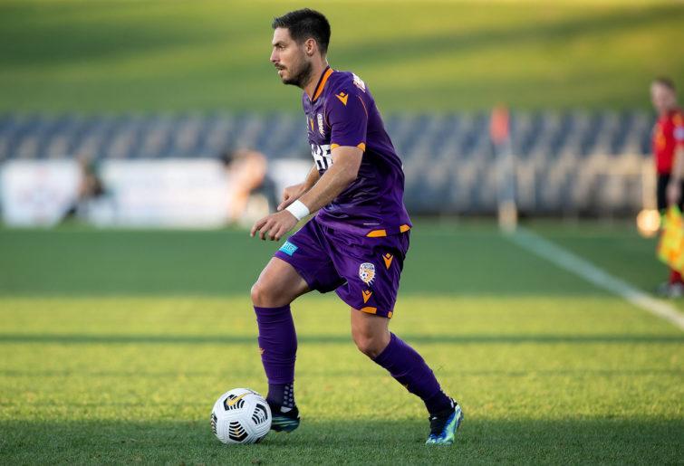 Bruno Fornaroli of Perth Glory dribbles the ball