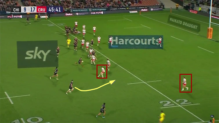 chiefs wide attack vs crusaders