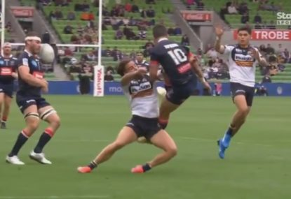 Josh Kemeny cops brutal falcon in lead-up to Brumbies try