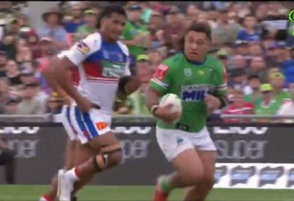 Big boppas everywhere rejoice as Josh Papalii embarks on a charging run