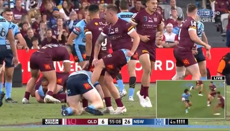 Should Cam Munster have been suspended for this apparent cheap shot?