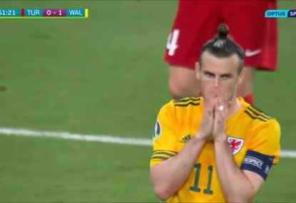 Gareth Bale makes amends for