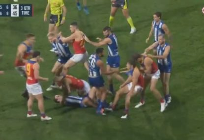 Mitch Robinson puts young Roo in a choke hold amid wild brawl