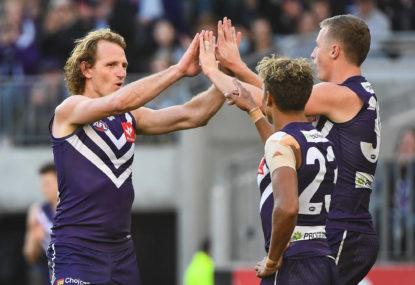 Sydney Swans vs Fremantle Dockers: AFL live scores