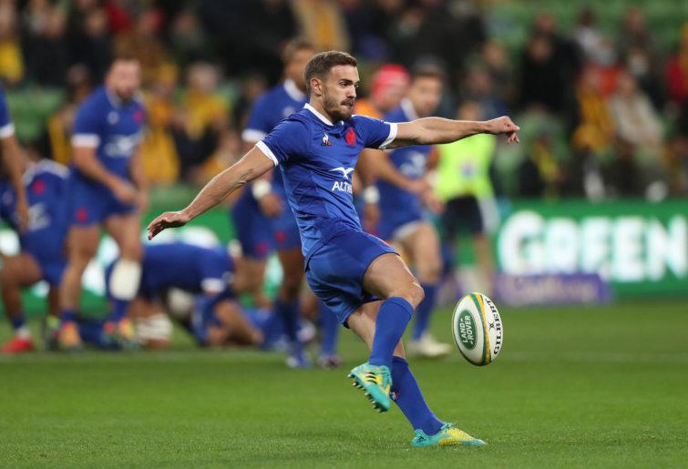 Melvyn Jaminet of France kicks